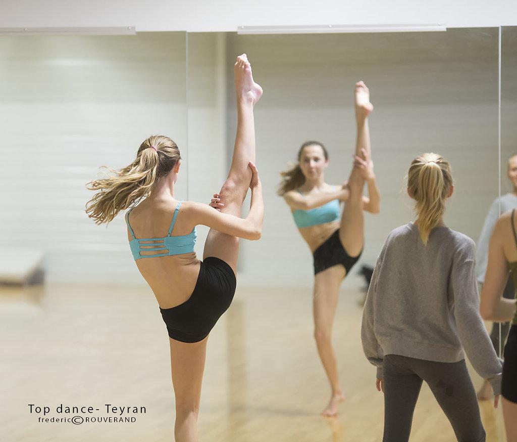Top-dance-0231.jpg